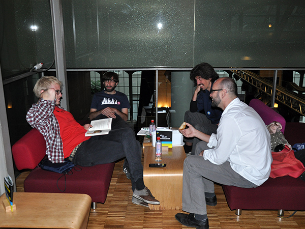 Smalltalk in der V.I.P. Lounge der Centralstation