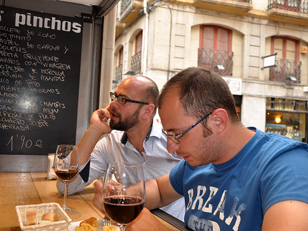 Trip to Logroño 6 – Sven and Sante at Bar La Tavina